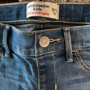 Pull on Leggings size 11/12 Abercrombie